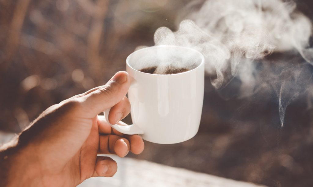 Faut-il mélanger la CBD avec son café du matin ?
