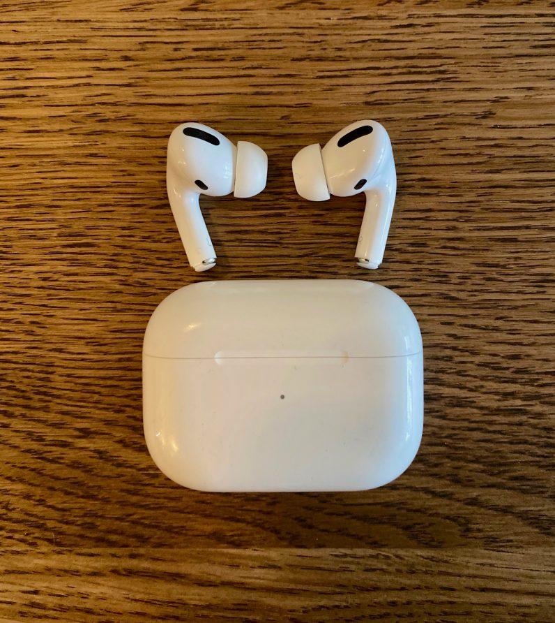 Les pros des AirPods, pas le studio des AirPods d'Apple