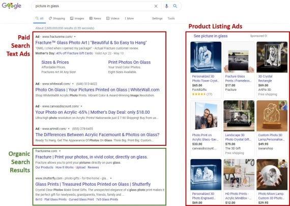 La page de résultats de recherche de Google sur un ordinateur portable pour la requête