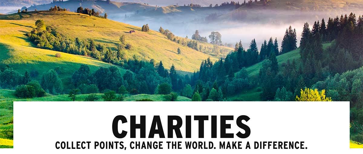 Image d'arbres et de champs, accompagnée d'un texte indiquant que vous pouvez choisir un organisme de bienfaisance à soutenir.